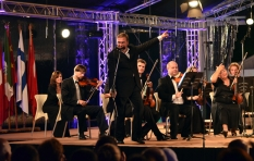 Vladimir Sheiko. Algeria. V International Festival of Symphonic Music. During the concert.